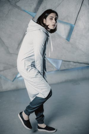 Платье с капюшоном Grey